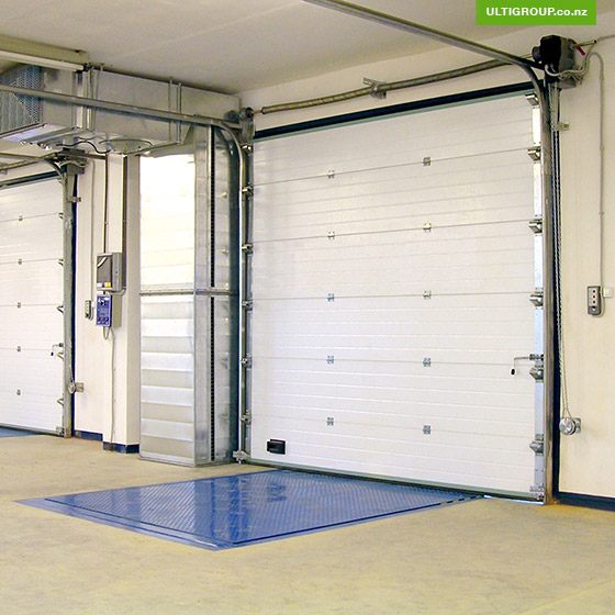 insulated-sectional-doors-ulti-door-systems-sectional-panels